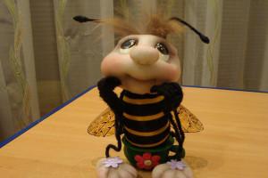 пчелка из капрона